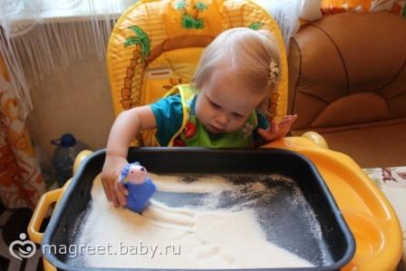 Развитие ребенка от года до 2: Игры с крупой