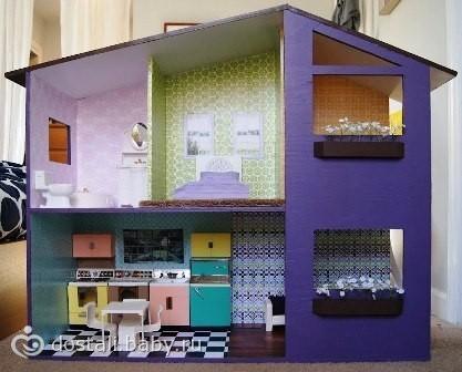 Еще один кукольный домик