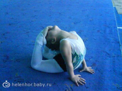 Занятия художественной гимнастикой для девочек