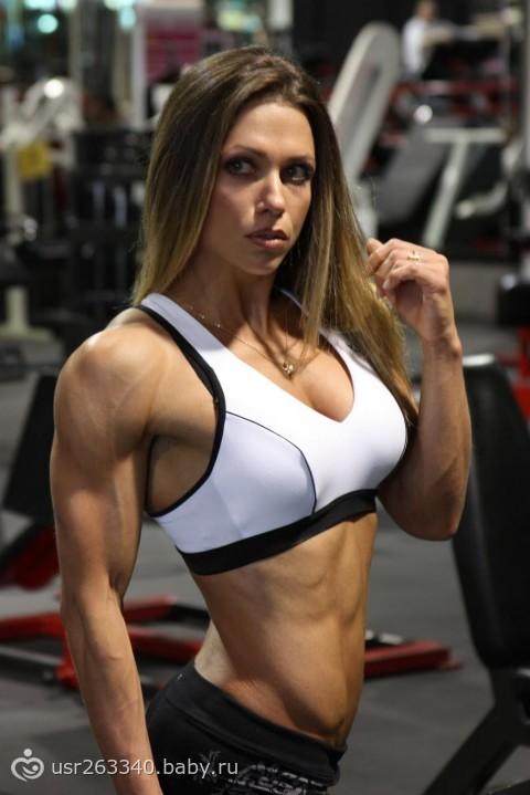 Программа тренировок Оксаны Гришиной подразумевает четыре тренинга в неделю