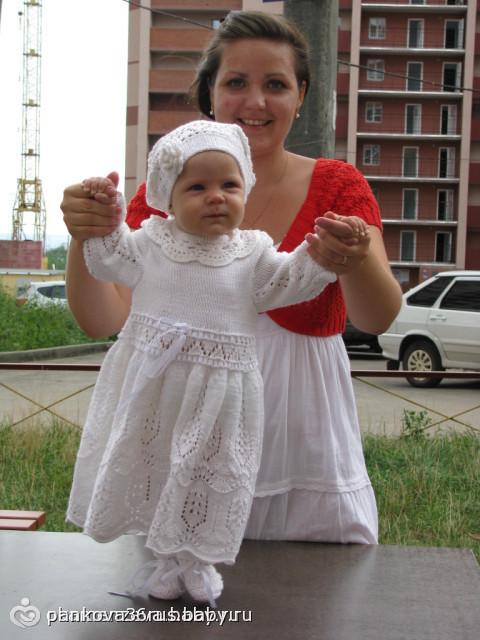 Вязанное платье на 1 год
