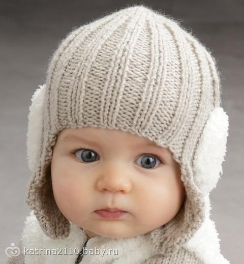 Вязаную шапку можно подобрать под любую верхнюю одежду ребенка, ассортимент радует глаз. Единственное не все дети любят вязаные шапки