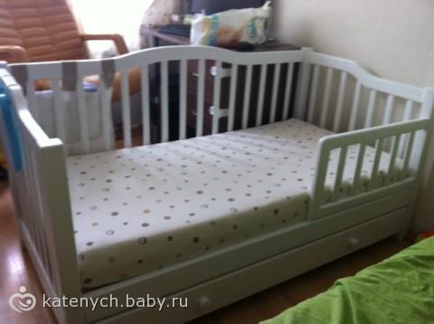 Кровать для ребенка от 4 лет