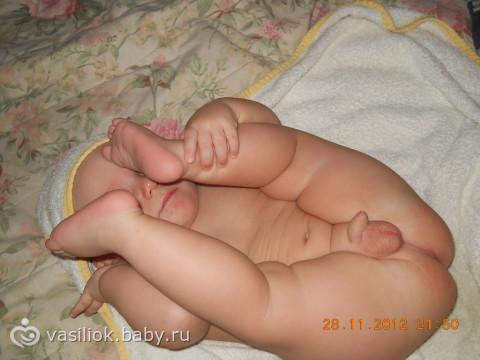 Голых поп малышей фото