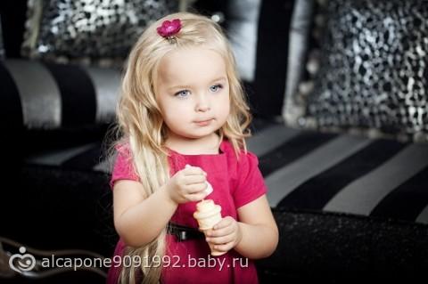 фото девушек с маленькой