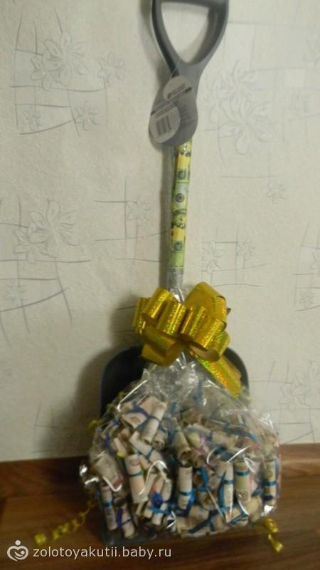 Расписная лопата  подарок для настоящих оригиналов
