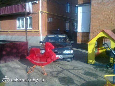 вот так паркуються не хорошие люди!!!
