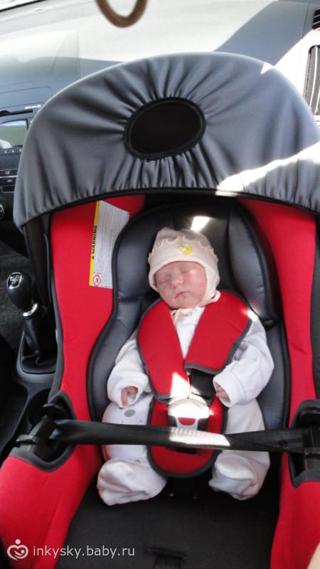 что лучше для новорожденного автолюлька или астокресло каждым