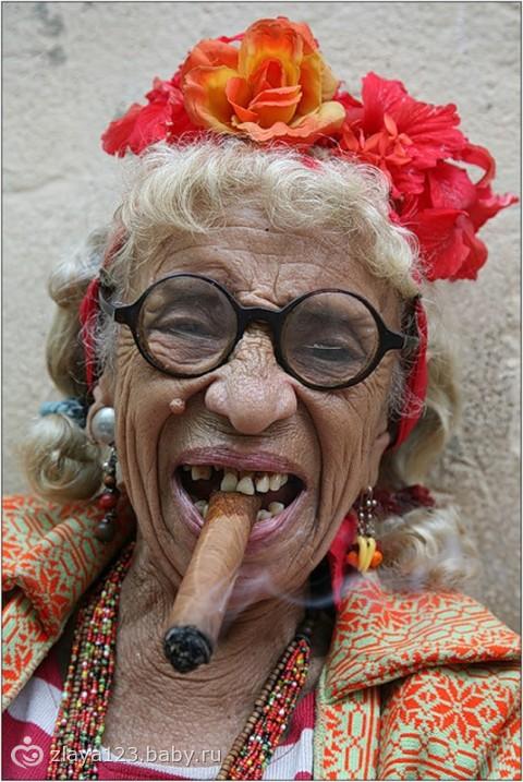 А мне сколько лет дадите? Кто не посмотрит тот КАЗА=)))))))))))))))))